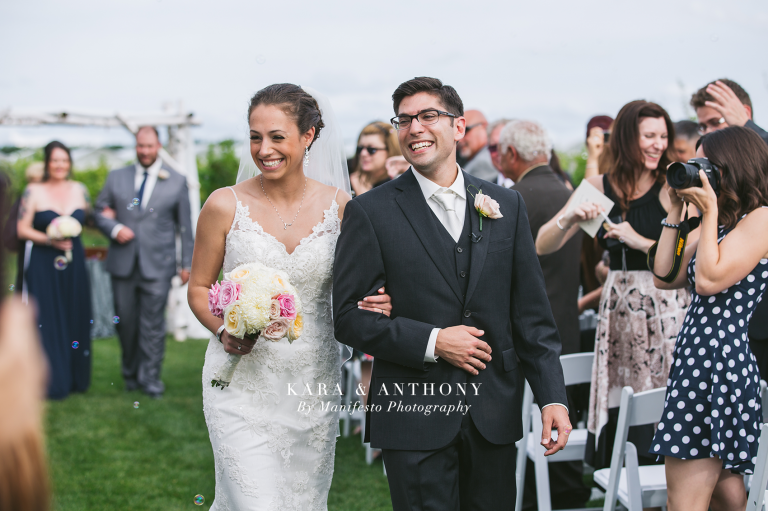 Windsor, Ontario Wedding Photographers | Manifesto Photography | Hiram Walkers | Willistead | Mastronardi Estate Winery | Kingsville