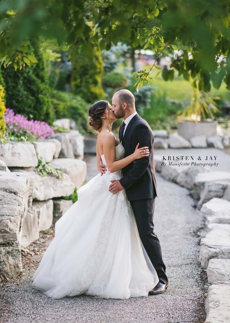 Manifesto Wedding Photography | Windsor Wedding Photographers | St. Clair College Centre for the Arts | Joshua and Arica Klassen